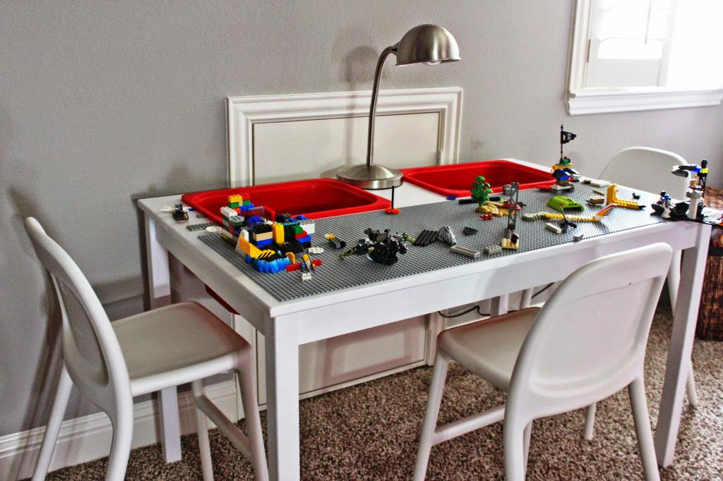 Image of: IKEA LEGO Tables For Toddlers