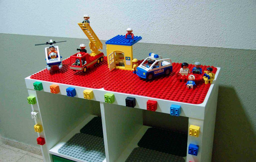 Image of: LEGO Play Table With Storage IKEA