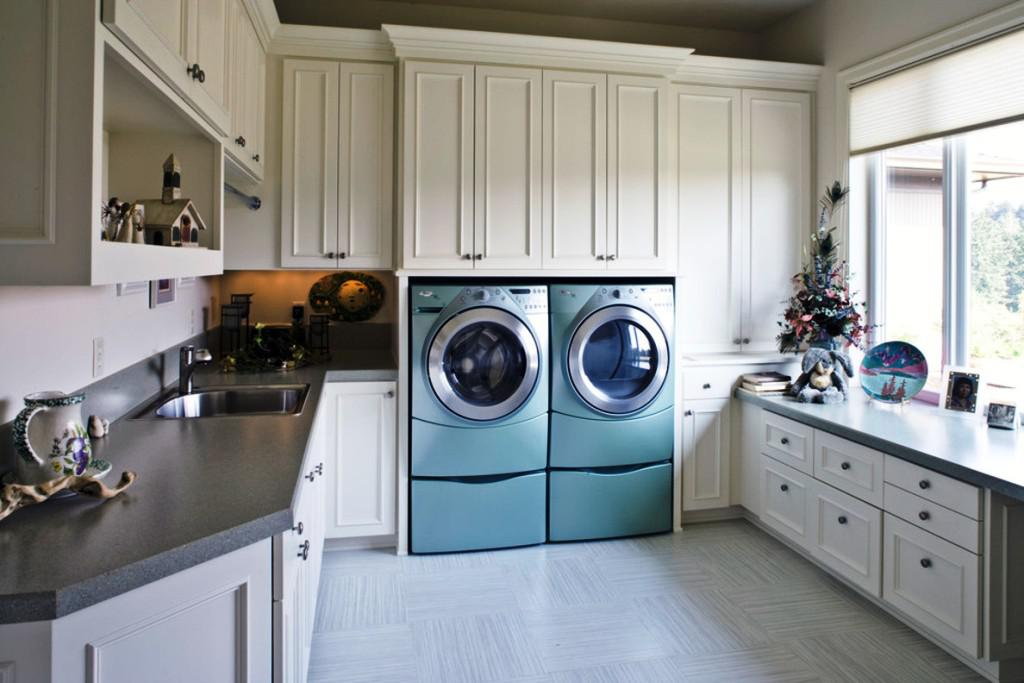 Beautiful IKEA Laundry Room Design