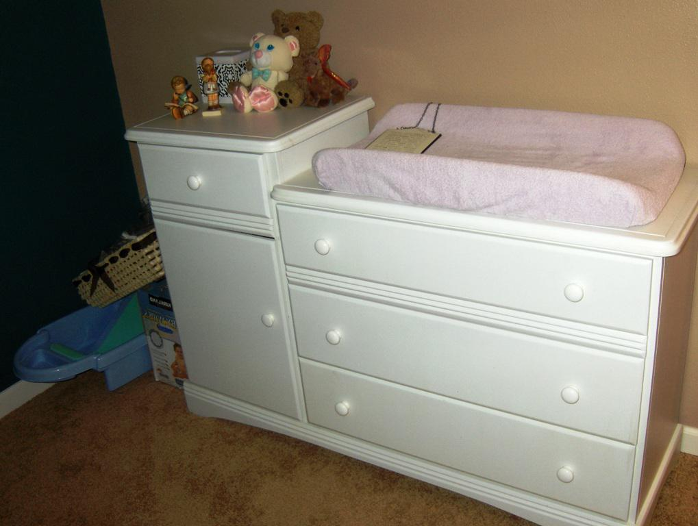 Image of: IKEA Baby Changing Table