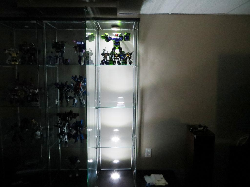Image of: IKEA Display Case Detolf