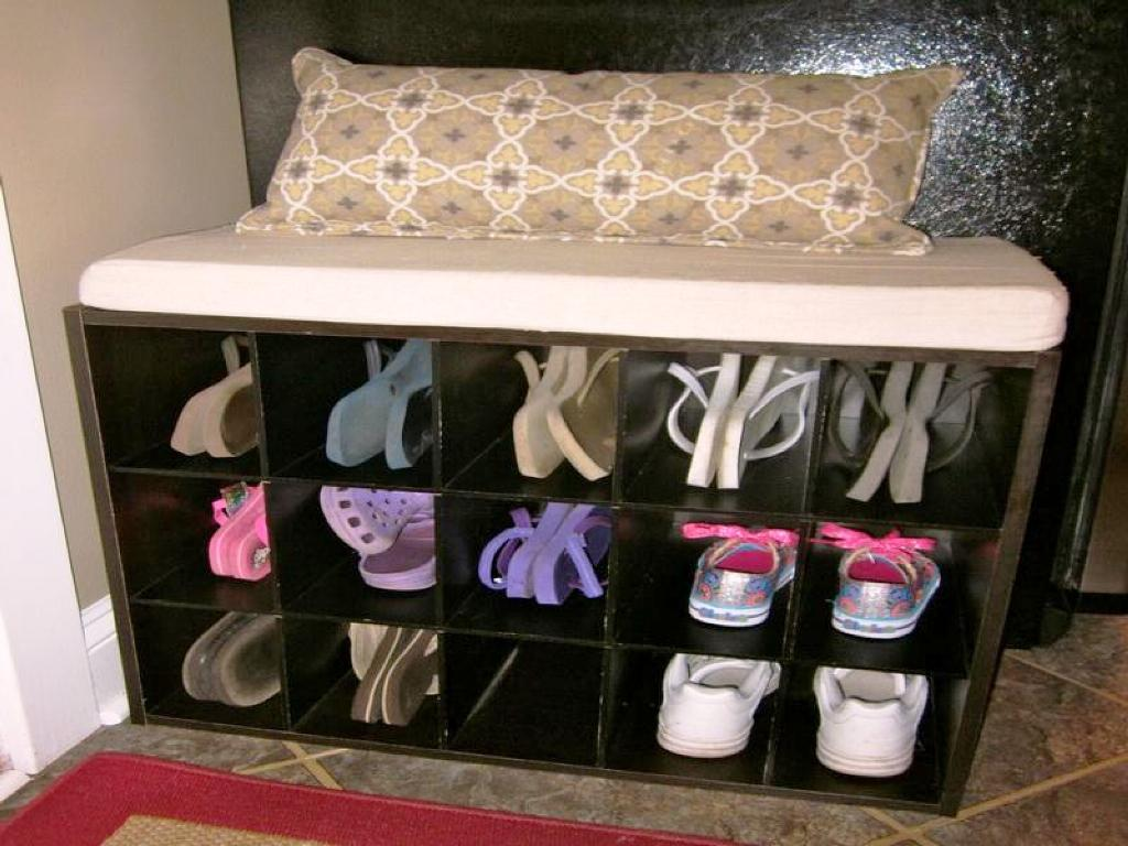 Image of: IKEA Bench With Shoe Storage
