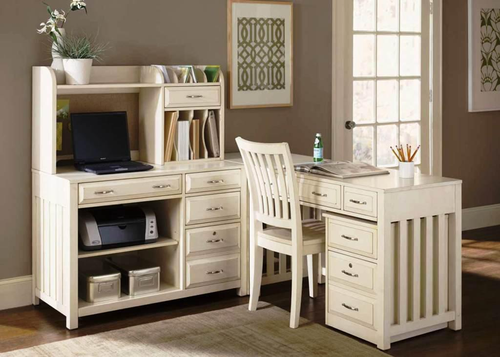 Image of: IKEA Desk And Chair Set