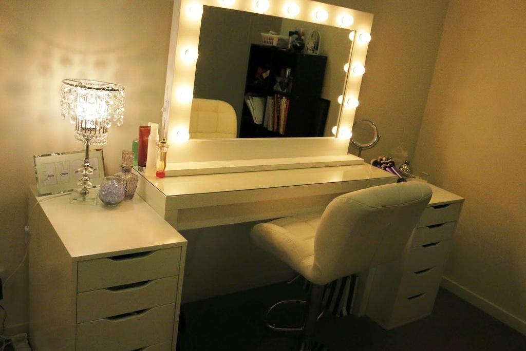 Elegant Vanity Mirror With Lights IKEA