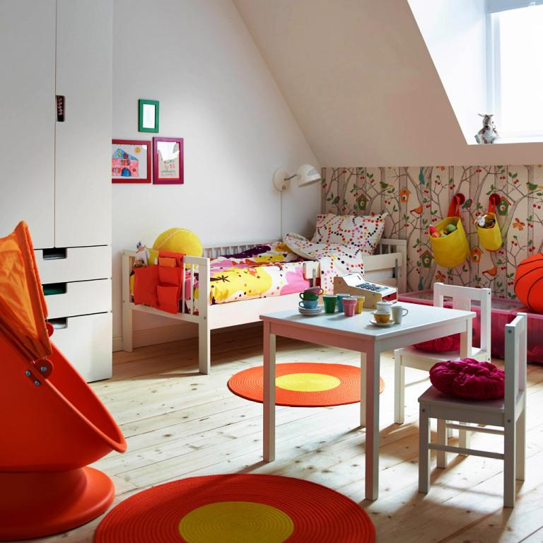 Image of: Childrens Table And Chairs Set IKEA