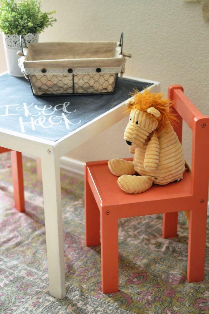 Image of: IKEA Children Table And Chairs