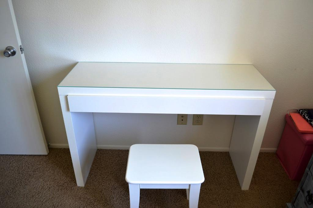 IKEA Malm Dressing Table White