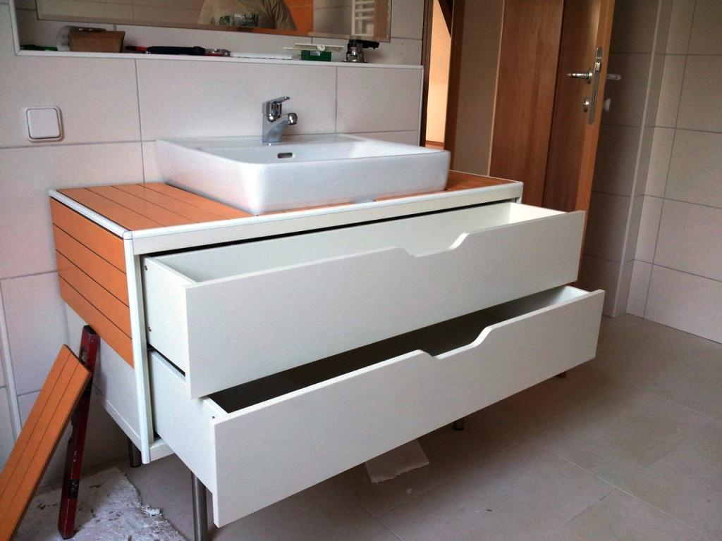 Contemporary IKEA Bathroom Cabinets Designs