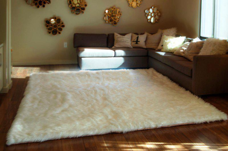 White Fluffy Rug IKEA