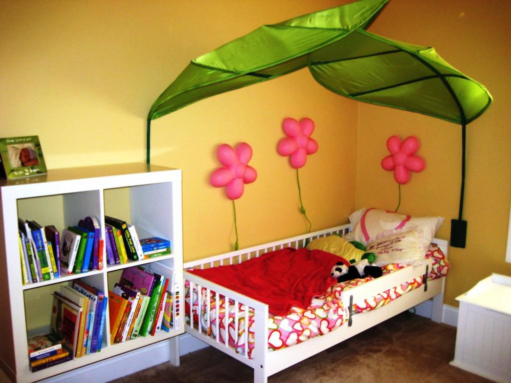Image of: IKEA Childrens Bed Canopy