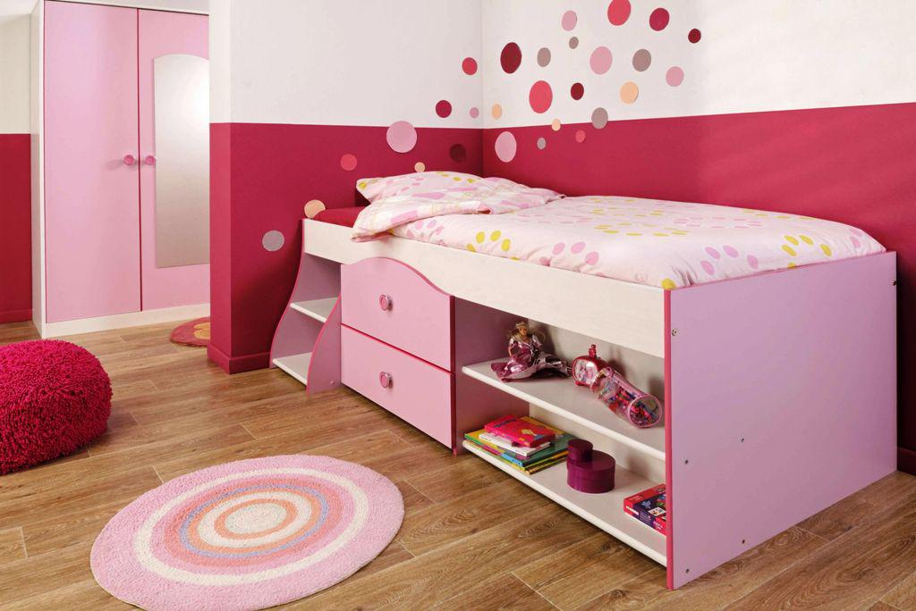 Image of: IKEA Childrens Beds With Storage