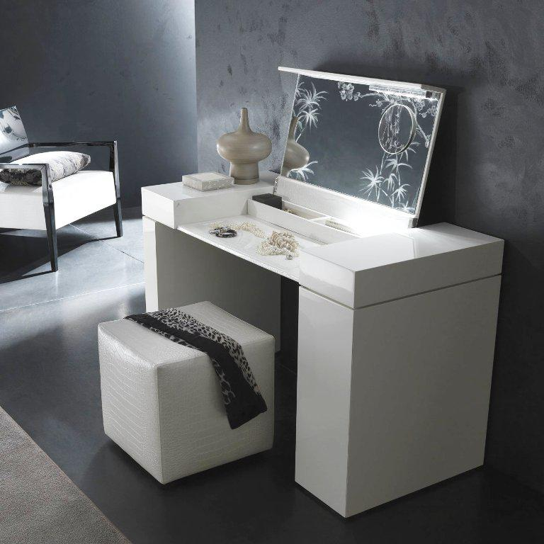 Elegant Bedroom Vanity Sets IKEA
